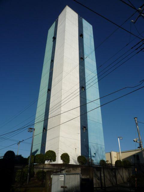 米本団地給水塔