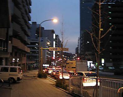 早朝の新横浜