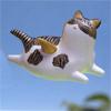 空飛ぶミケ猫