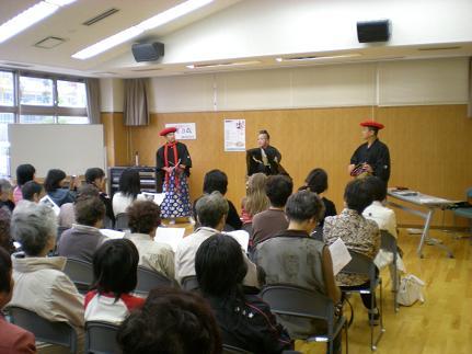 文化祭・加賀万歳の公演