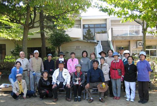 いきいき健康教室・グラウンドゴルフを体験
